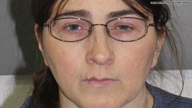From HLN: Jessica Carlton, 44, had been communicating with the 13-year-old victim over the Xbox